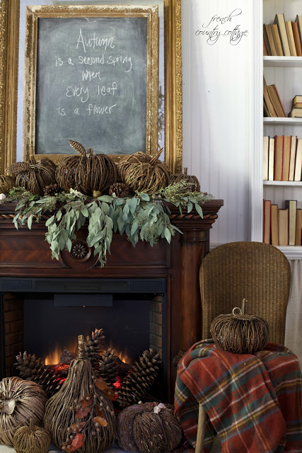 7 beautiful and easy autumn mantel styling ideas