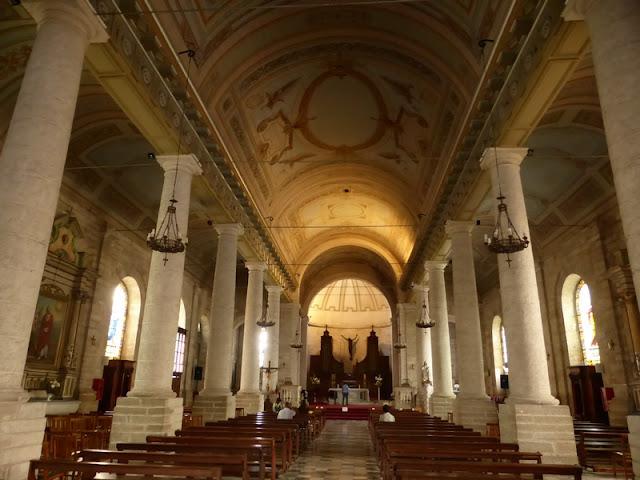 Interior de la iglesia de Santo Domingo con sus techos manieristas
