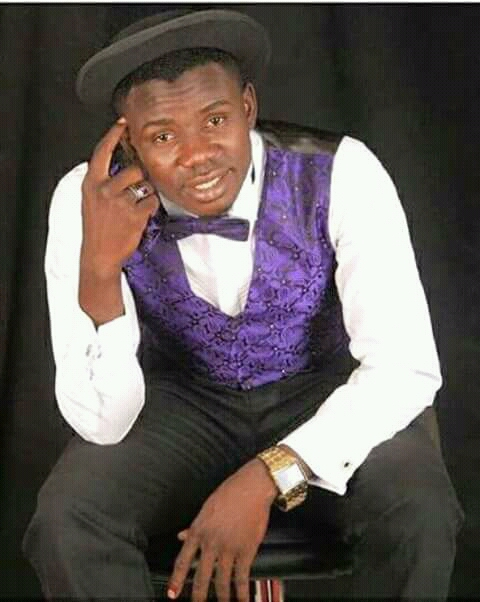 Download Prince Mk Iya lapai chi , this Nupe song was sang for the naming ceremontmy of his son, and the Iya lapai chi is refering to a perticular person who his/her name is Iya lapai cool Nupe music , Nupe Songs , Nupe Dance