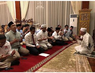 Jelang Debat, Ini Ritual Mengagumkan Prabowo-Sandi