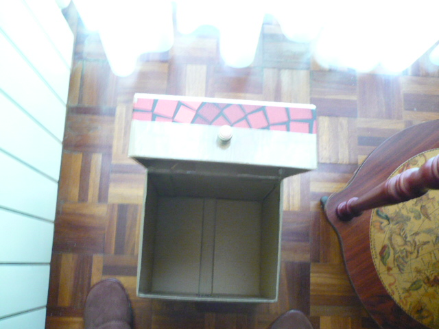 Como reciclar una caja de vino de carton