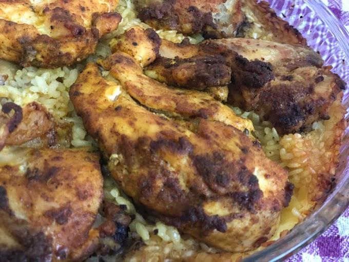 Pilav ve Tavuğun Muhteşem Uyumu – Fırında Baharatlı Tavuk Kapama