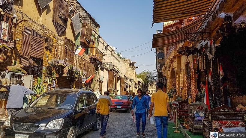 Khan El-Khalili: bazar do Cairo com quase mil anos