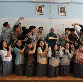 7 Cara Membuat Guru Bahagia dan Murid Senang Mengikuti Pelajaran Bahasa Indonesia di Sekolah Menurut Guru Kampung
