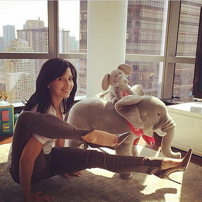 Hilaria Baldwin With Yoga to life