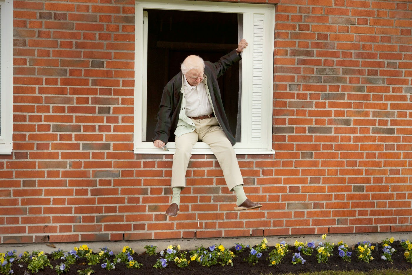 El abuelo que saltó por la ventana y se largó