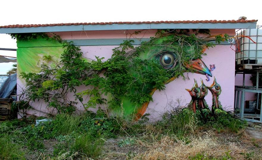 28 Pieces Of Street Art That Cleverly Interact With Their Surroundings - Bird, Athens, Greece
