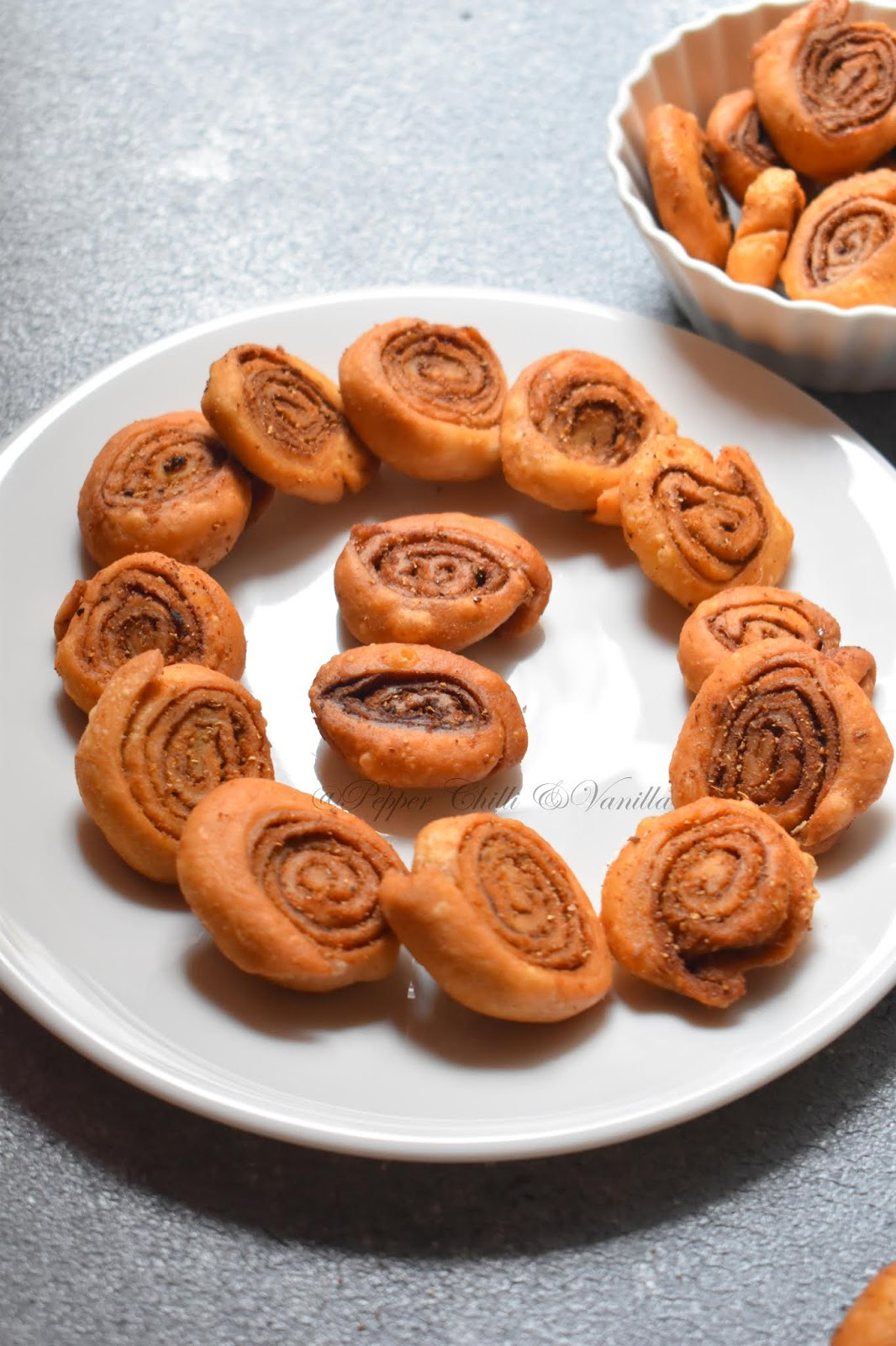 bhakarvadi recipe