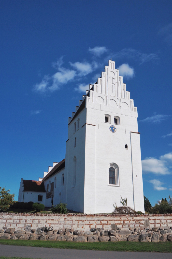 Eglise danoise médiévale de Keldby au Danemark