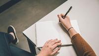 Pengertian Teks, Kriteria, Struktur, dan Jenisnya