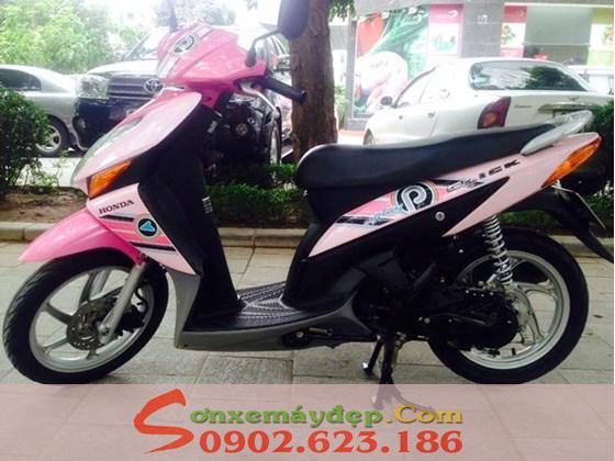Sơn xe Honda Click màu hồng nữ tính cực đẹp