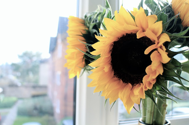Sunflowers in a vase | The Dress Diaries