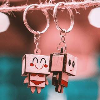 Cute Love Whatsapp DP