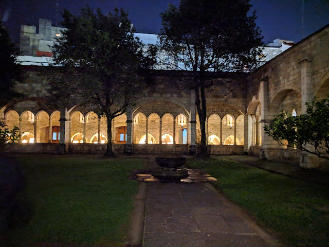 Santander points of interest: Catedral de Santander cloister after dark