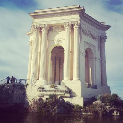 Montpellier place du Peyrou Provence Pensée positive Amour Bonheur Happiness