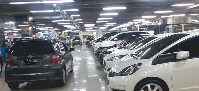 Ciri-Ciri Mobil Bekas Yang Dijual Di Showroom Tapi Pernah Turun Mesin