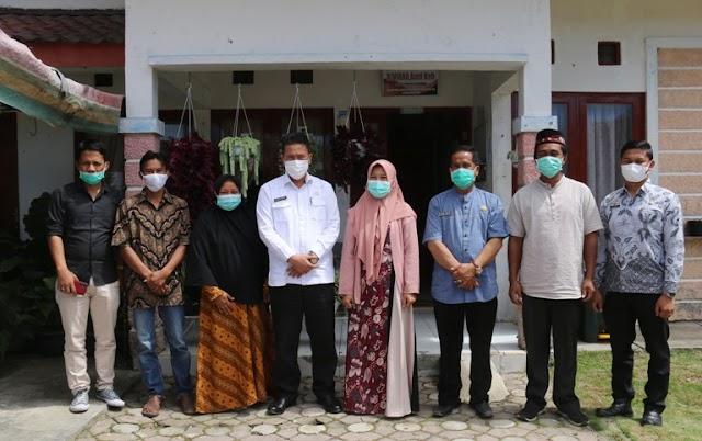Sekda Bener Meriah Cek Kesiapan Data, Kebersihan Dan Kondisi POLINDES Dalam Wilayah Kecamatan Wih Pesam