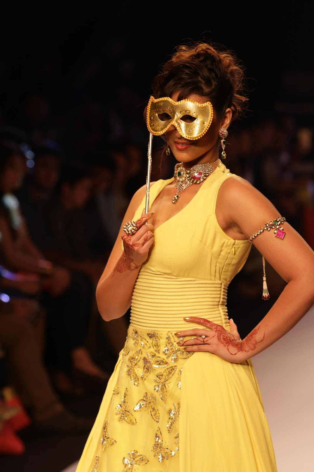 Ileana Ramp Walk Stills at IIJW 2015-HQ-Photo-5