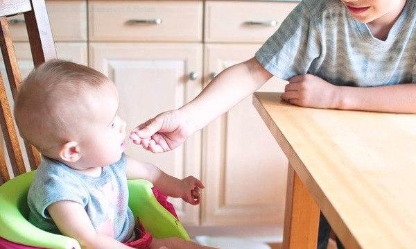 Jadwal Makanan Bayi 6 Bulan