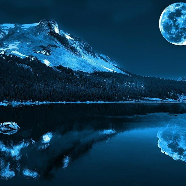 Blue Moon Wallpaper Engine