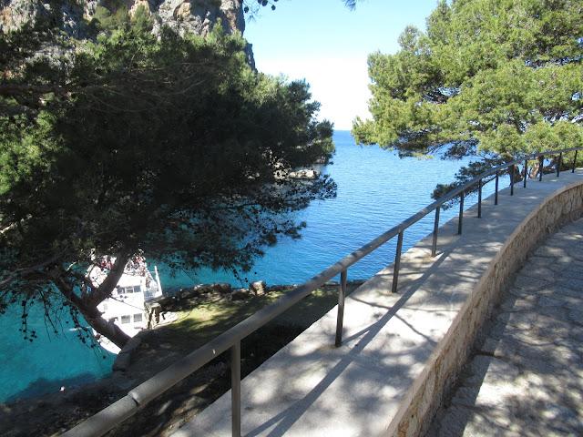 Weg zur Felsenschlucht Torrent de Pareis Mallorca Spanien Balearen