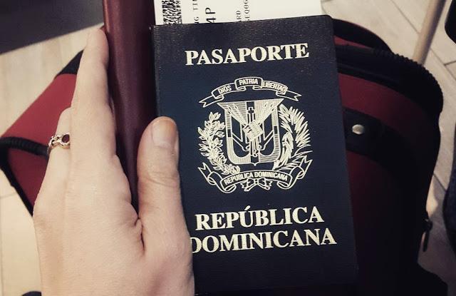 ¿Puedo viajar con visa de turista a EEUU mientras me pide mi hermana?