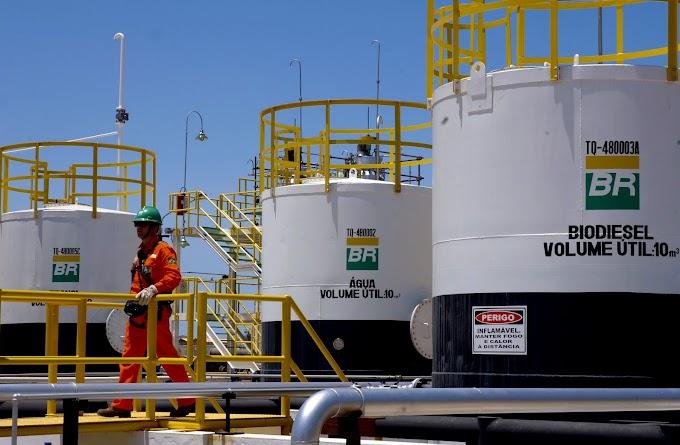 Petrobras reduz valor da gasolina na refinaria para menor nível desde fevereiro; diesel também cai