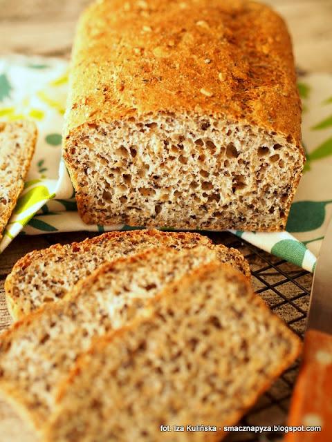 chleb pszenny z ziarnami, chleb wieloziarnisty, chleb drozdzowy, drozdze, ziarna, chlebek, domowa piekarnia, bochenek, domowy chleb, moje wypieki,