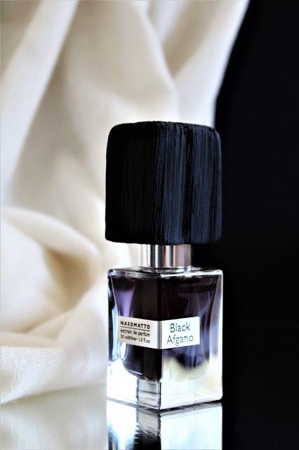 parfum nasomatto black afgano avis, avis parfum black afgano nasomatto, parfums nasomatto, nasomatto perfume review, parfumerie, meilleur parfum pour femme, woman perfume, perfume for woman, perfume influencer