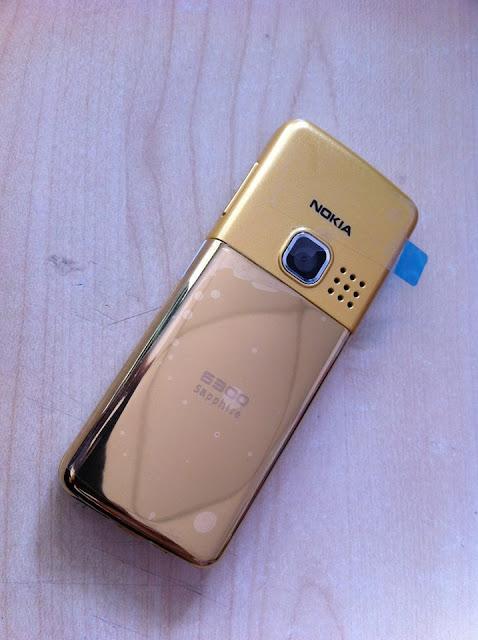 Mặt lưng Nokia 6300 gold