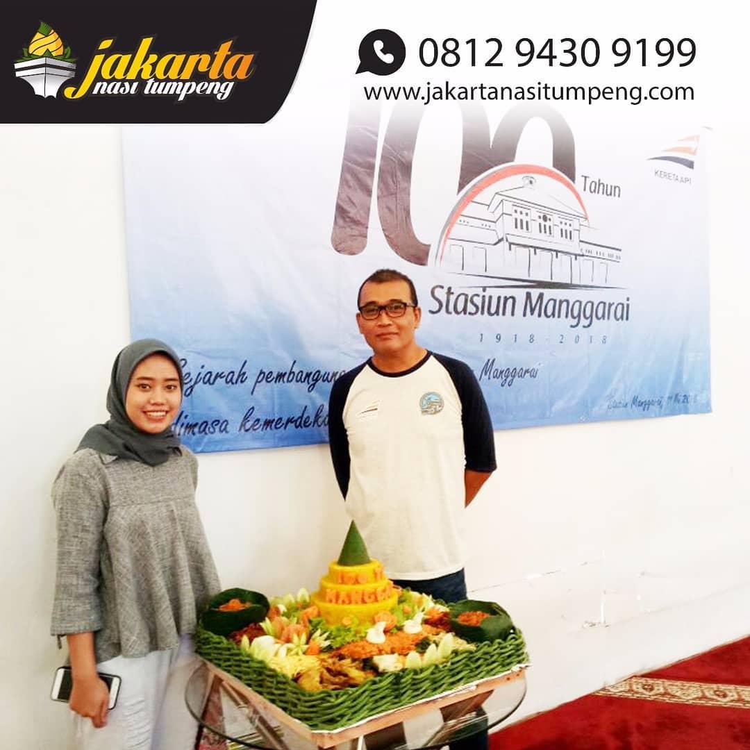 Pesan Nasi Tumpeng di Jakarta Timur