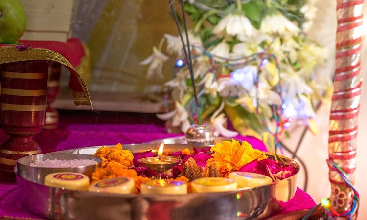 करवा चौथ व्रत की सम्पूर्ण जानकारी, विधि, कहानी, महिमा | Karva Chauth ki Kahani, Vidhi, Mahima