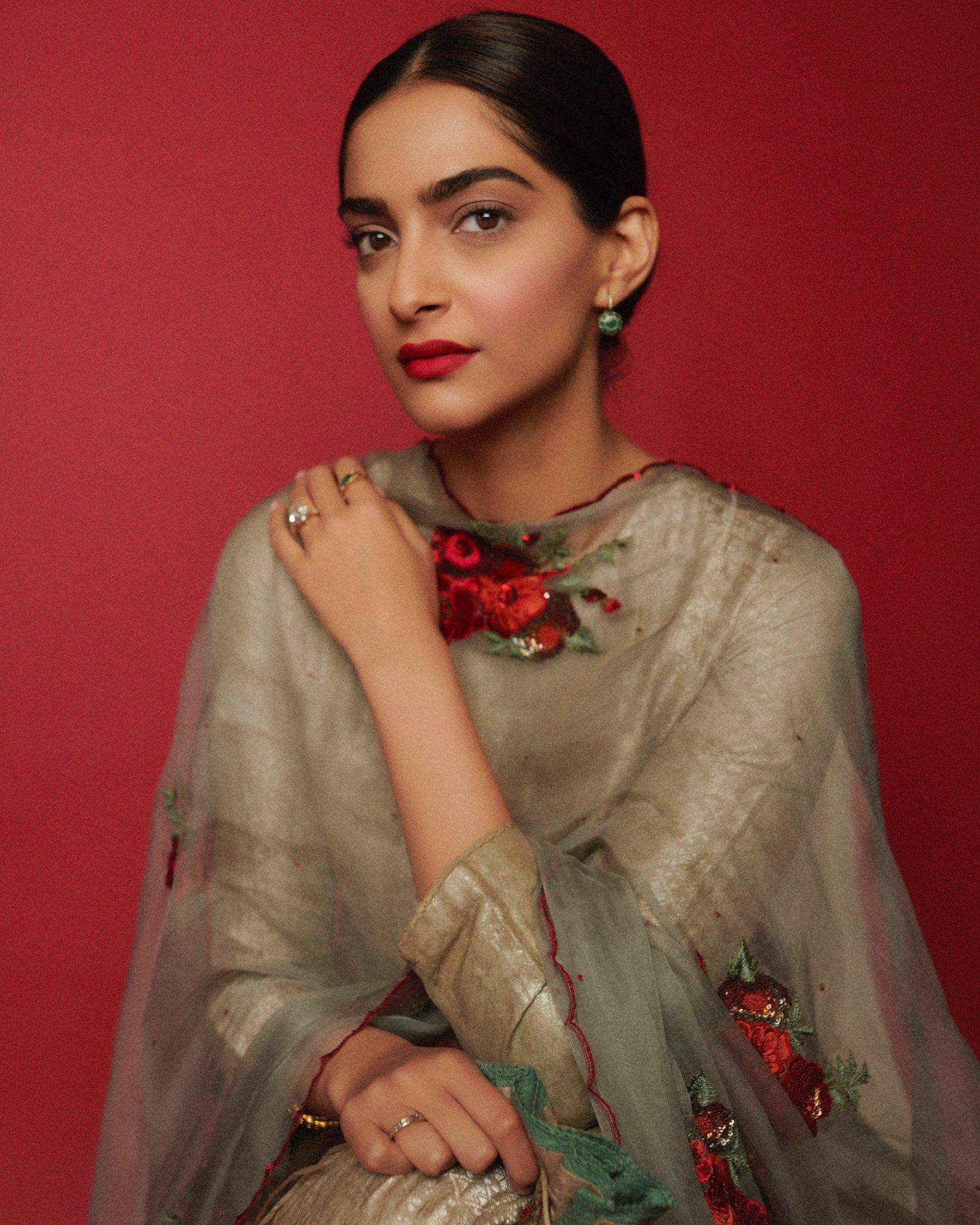 Sonam Kapoor photo 19