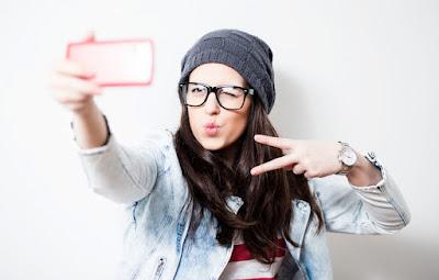 5 Aplikasi Kamera Android Terbaik Khusus Kamu Yang Suka Selfie
