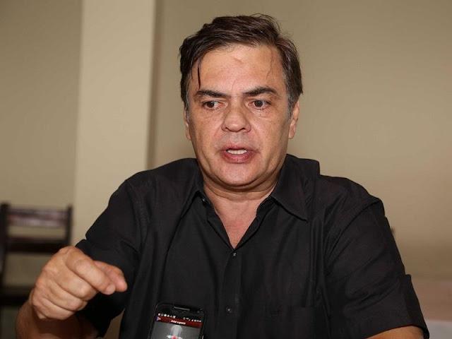 """Vídeo: o rompimento de João Azevêdo e Ricardo """"é fajuto"""", diz Cássio"""