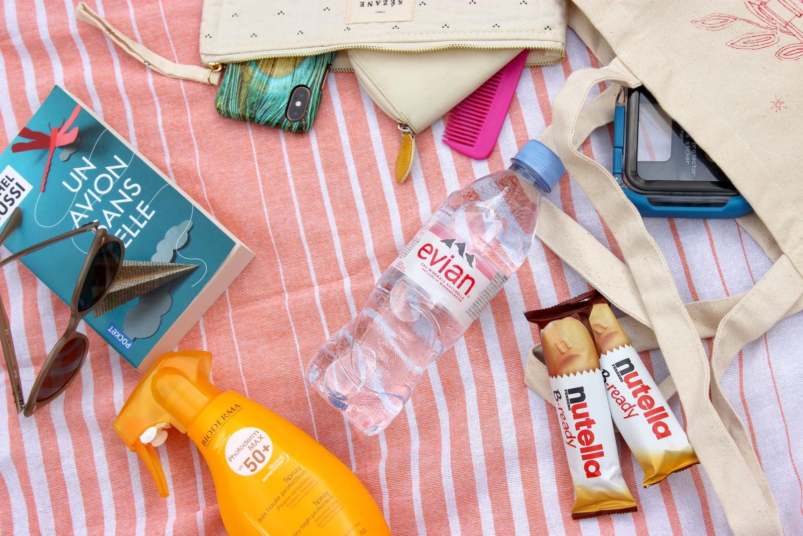 sac de plage, qu'y a t il dans mon sac de plage, les petites bulles de ma vie
