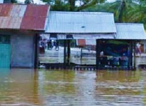 Akibat Longsor dan Banjir, PLN Padamkan Listrik di Anambas