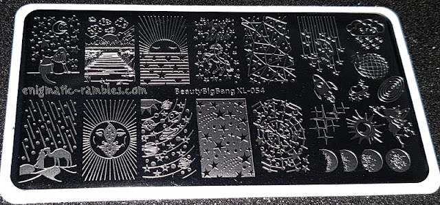 Review-Stamping-Plate-Beauty-Big-Bang-XL-054-Planet-Universe-Themed