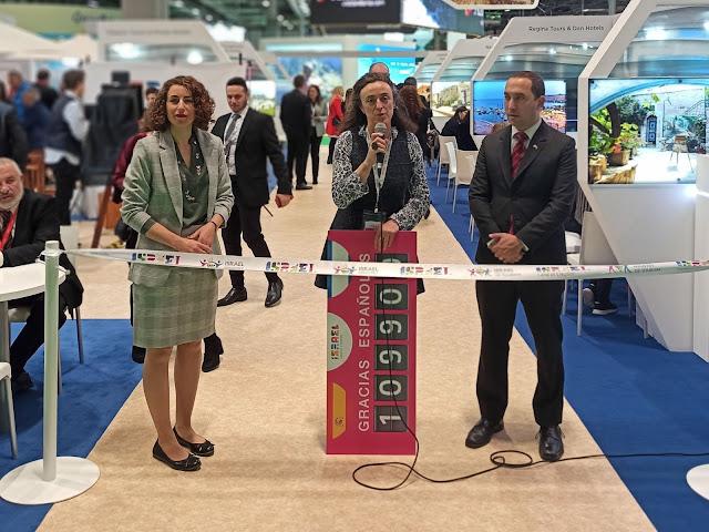 De izquierda a derecha: Efrat Meir-Groman, directora de Marketing en Europa; Dolores Pérez, directora de la oficina de Turismo de Israel en España; Assaf Moran, ministro consejero de la Embajada de Israel