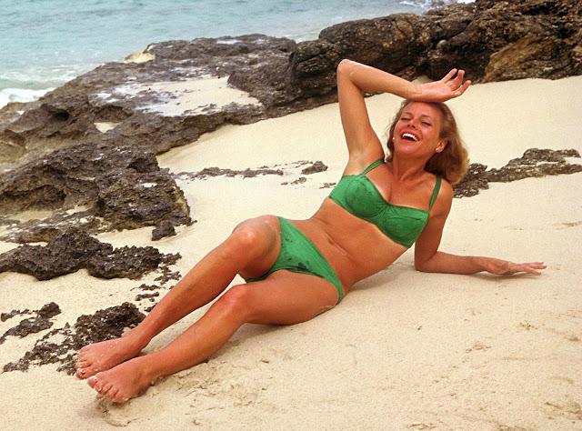 Bikini Lilyan Tashman naked (75 pictures) Sideboobs, iCloud, cleavage