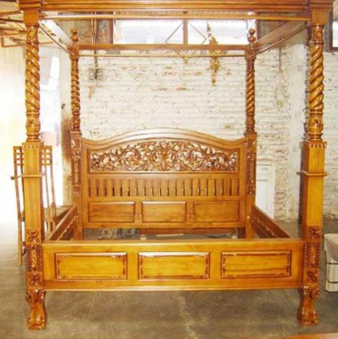 tempat tidur kanopi tirai jati