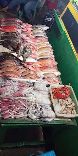 kampung ujung labuan bajo, wisata kuliner kampung ujung, wisata kuliner malam di labuan bajo, rekomendasi tempat makan ikan di labuan bajo