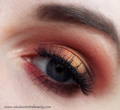 czerwony makijaż