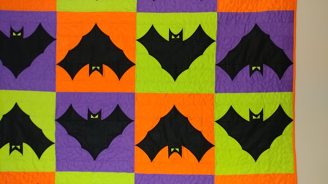 Free bat quilt block pattern