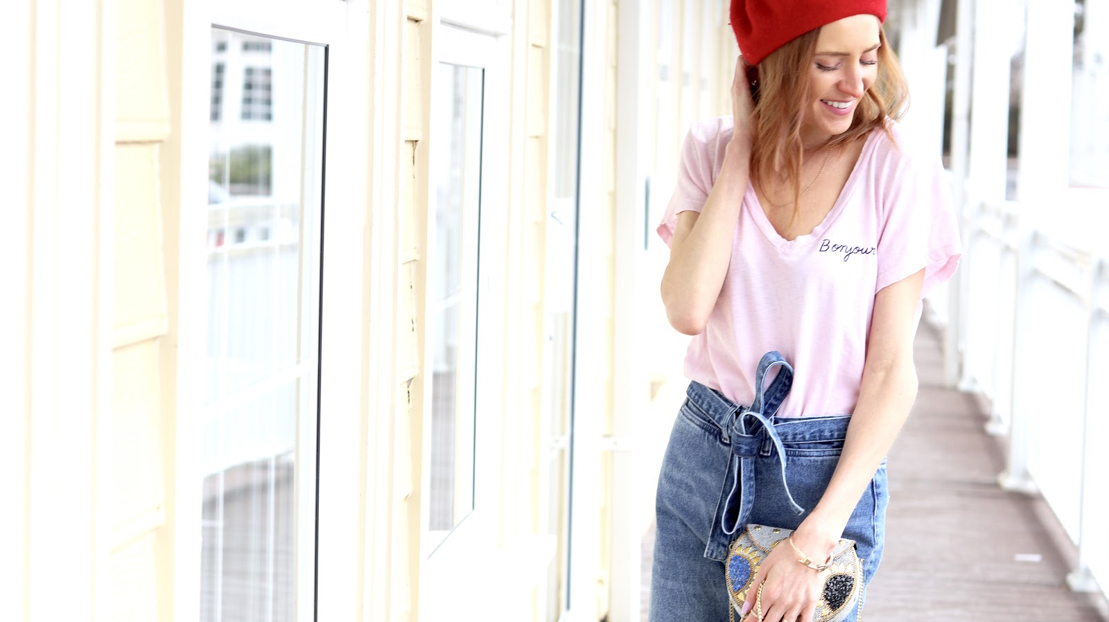 Wide High Waist Jeans H&M, Spring Denim Trends 2018, Pastels & Pastries, Red Beret, Boujour tee shirt Sundry, Soukh bag, spring style