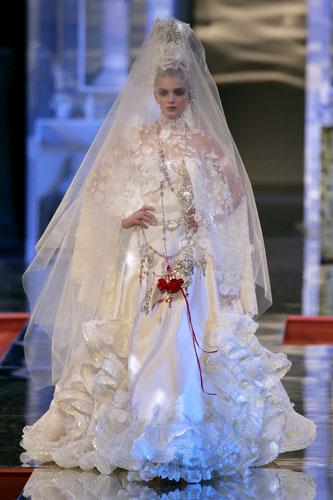 Weddingzilla: I Don't Get Haute Couture Wedding Dresses....