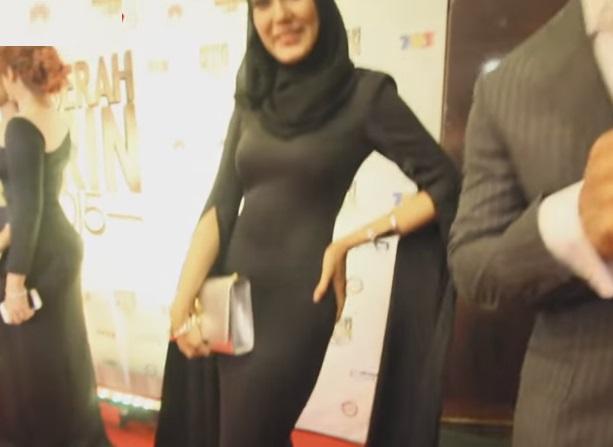 Fesyen Uqasha Senrose di malam Anugerah Skrin 2015 dah macam...