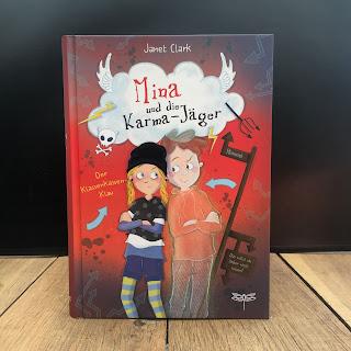 """""""Mina und die Karma-Jäger: Der Klassenkassen-Klau"""" Autor: Janet Clark Illustrationen: Sabine Sauter Verlag: Dragonfly Rezension: Kinderbuchblog Familienbücherei"""