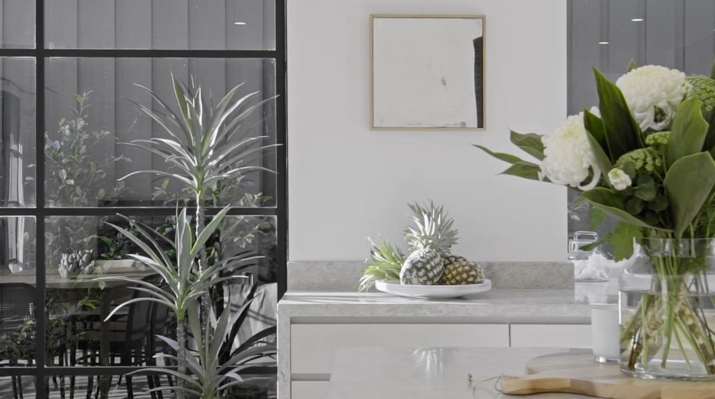 29 Interior Design Photos vs. 15 Glenbrook Ave, Malvern East, Vic Luxury Home Tour