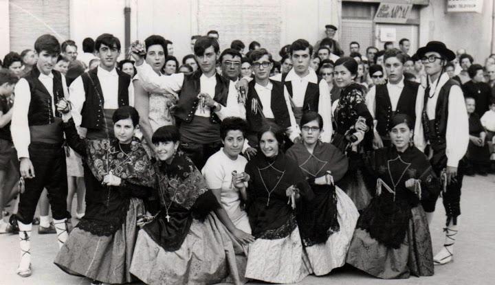 Grup de Danses: HISTÒRIA DEL GRUP - photo#25